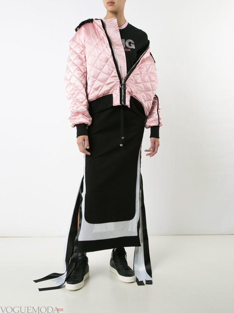 уличная куртка-бомбер розовая