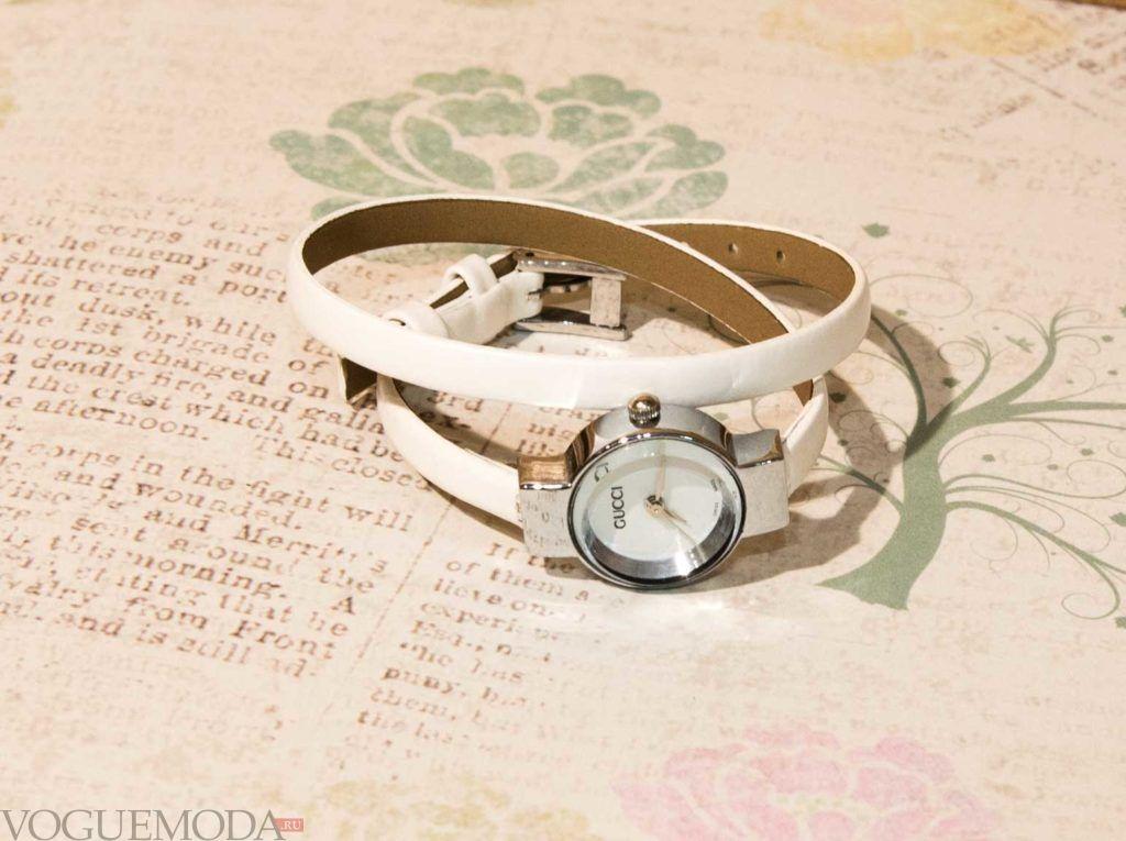 женские часы с длинным ремешком: белые круглые