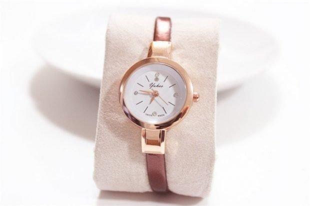 часы миниатюрные золотые