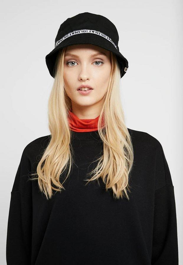 шляпка черная с полосой
