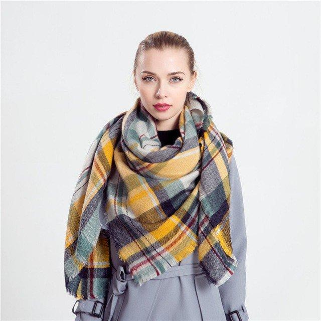 как красиво завязать шарф-платок в келкту желтый с серым