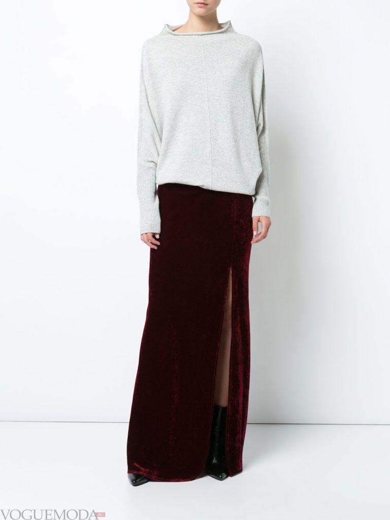 красная юбка с серой кофтой