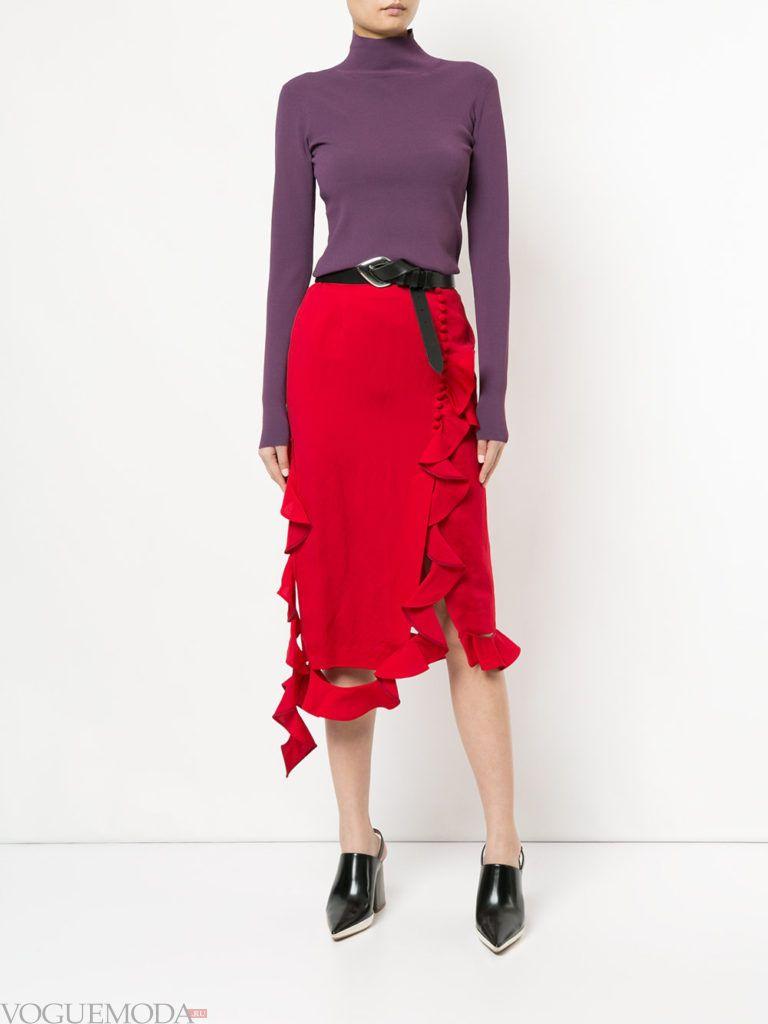 образ с красной юбкой с поясом