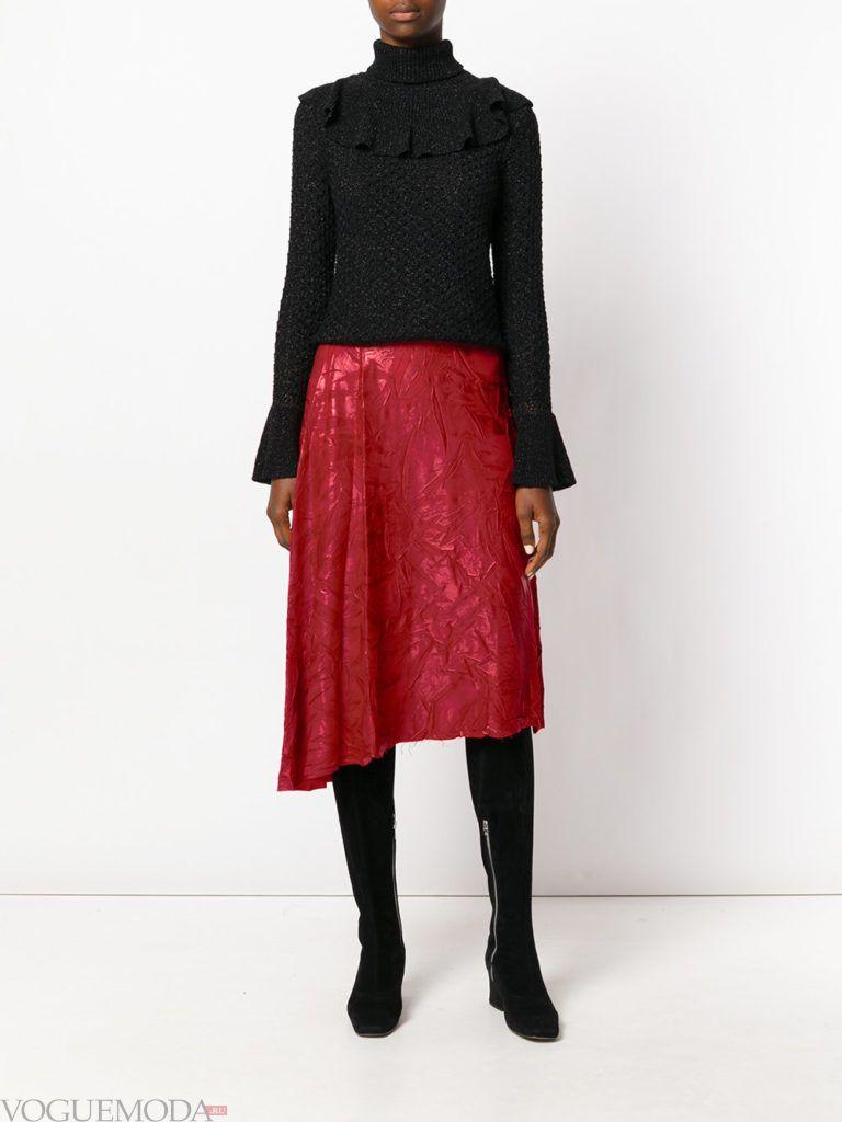красная юбка плиссе