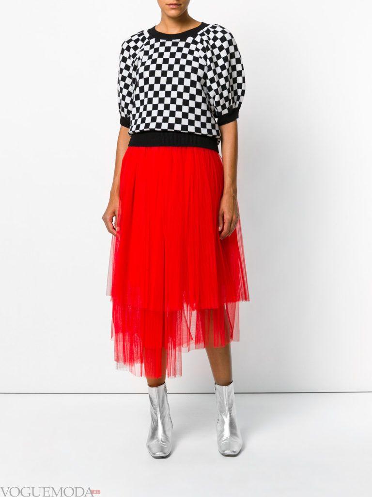 красная юбка из фатина
