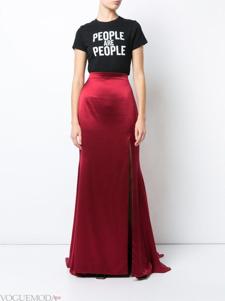 красная юбка атласная