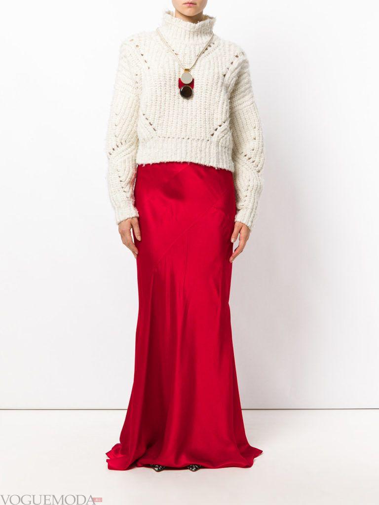 красная юбка шелковая