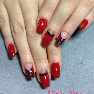 черно-красный маникюр лунный