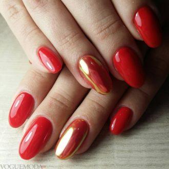 красные ногти с золотистым