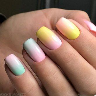 маникюр разноцветный
