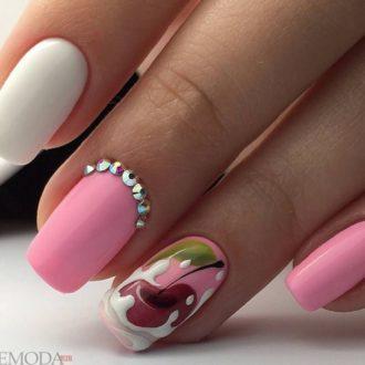 ногти розовый