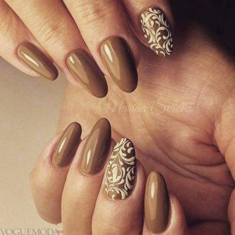 ногти цвета мокко