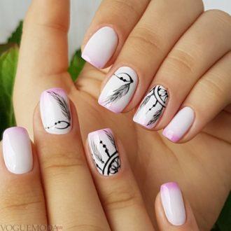 ногти с перьями