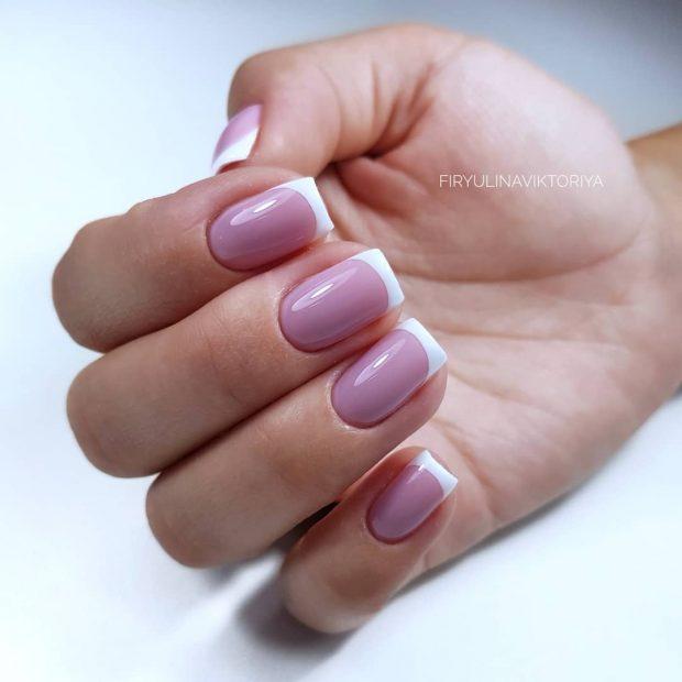 бледно-фиолетовый классический