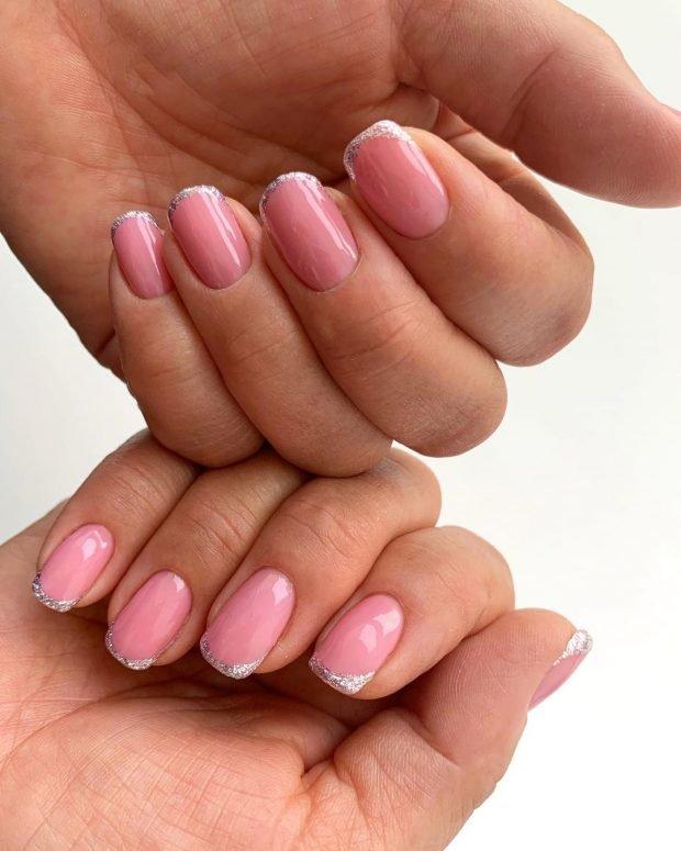 нюдовый розовый с серебристым напылением