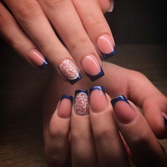модные ногти френч синие с бежевым 2018 год зимние