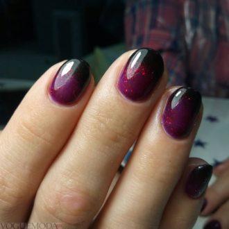 ногти омбре яркие
