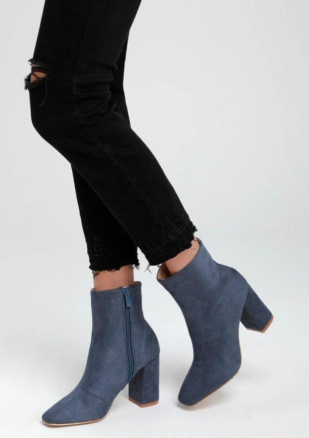 Модная обувь осень-зима 2021: синие на молнии