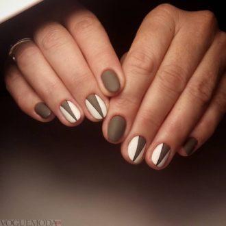 короткие ногти «matte» с узором