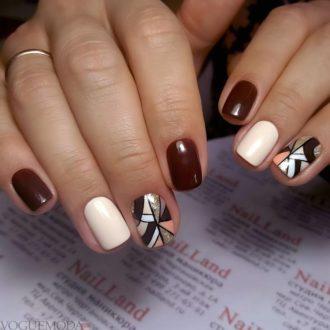 абстракция на короткие двухцветные ногти