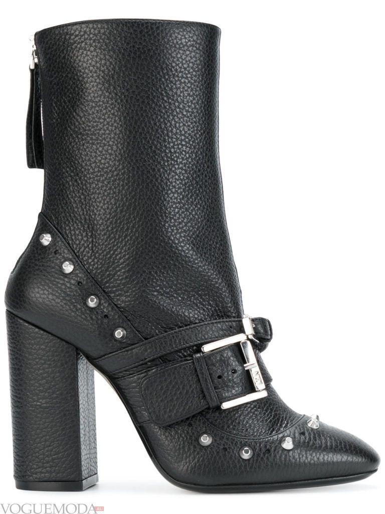 брутальные ботинки на каблуке