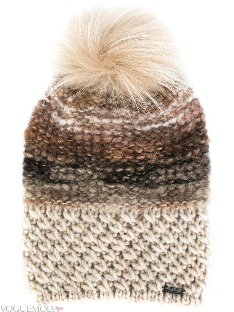 шапка фактурной вязки модная
