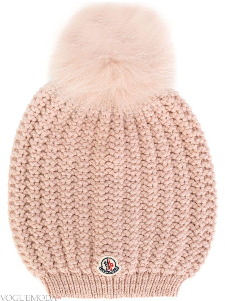 шапка с помпоном нюдовая