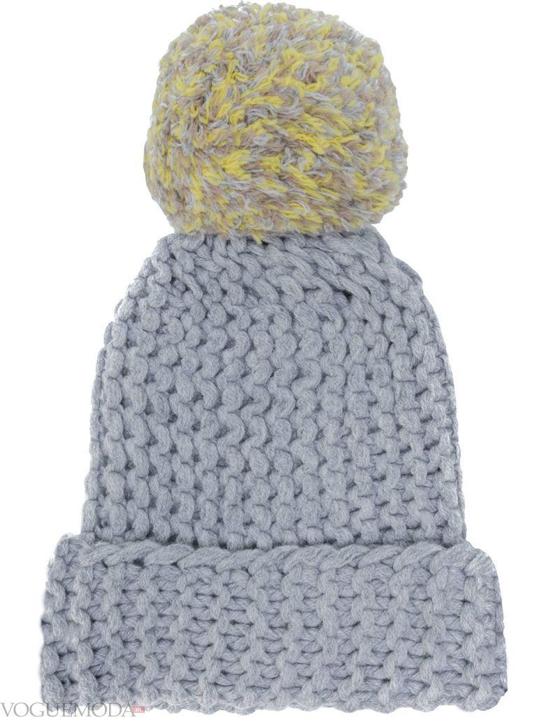 модная шапка серая