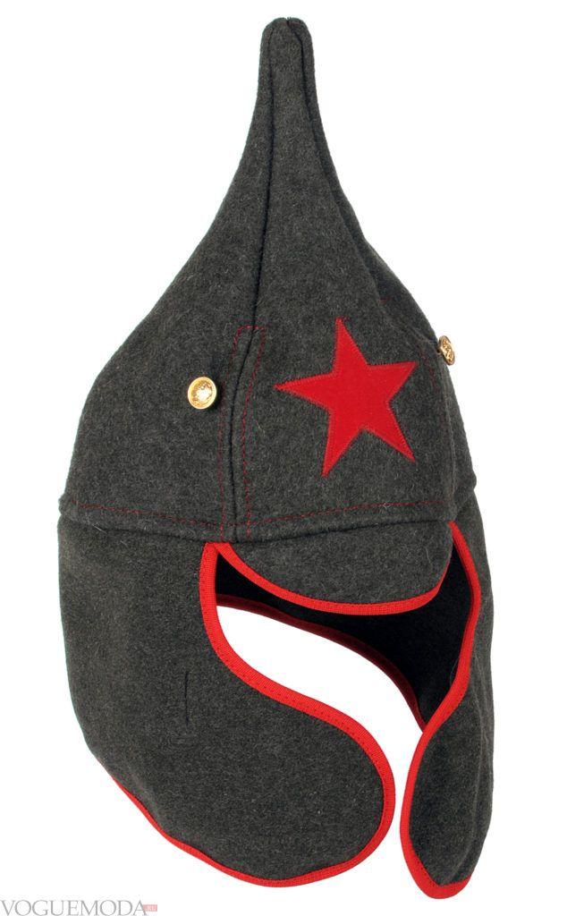 шапка в военном стиле серая