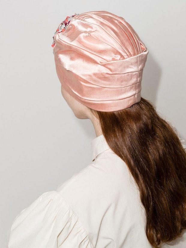 модные головные уборы 2022