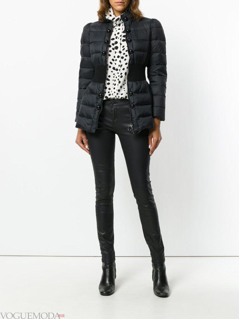 каждодневная черная куртка на синтепоне