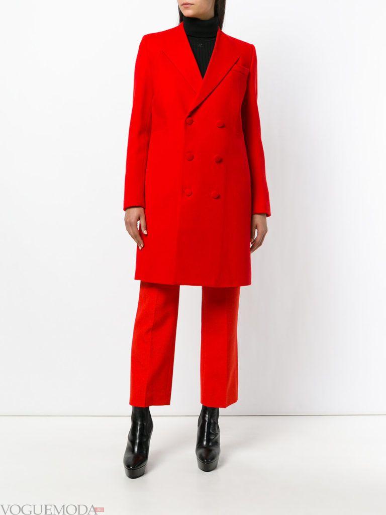 классическое пальто красное