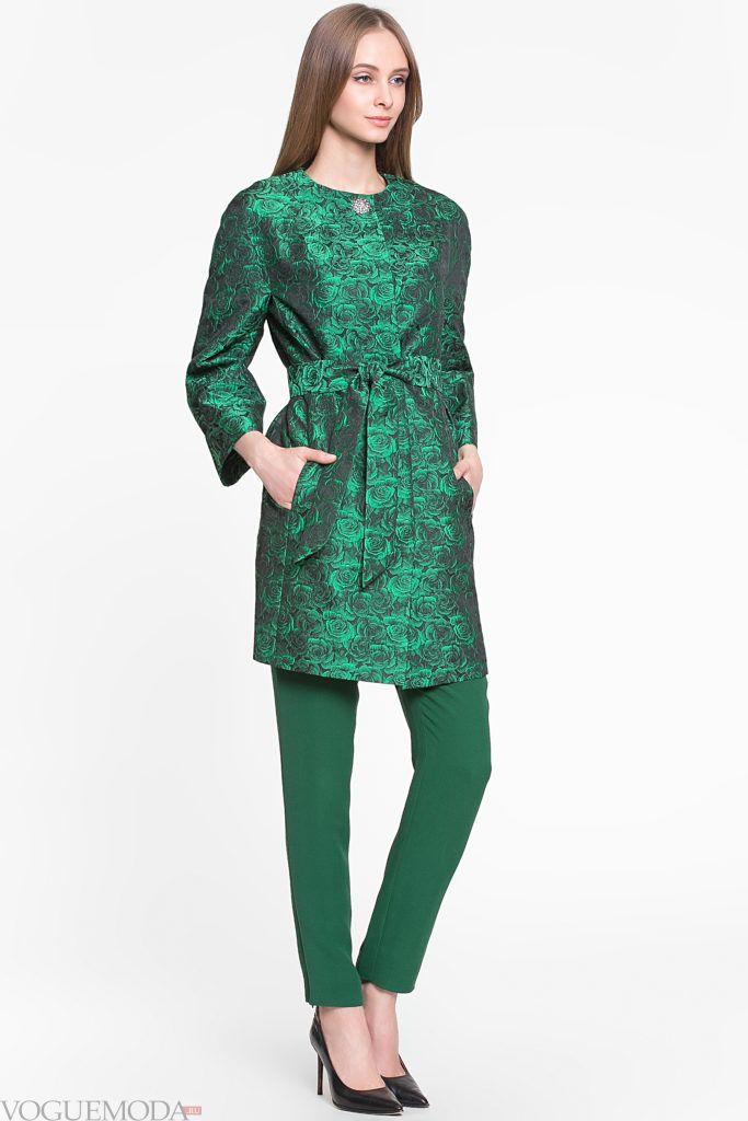 летнее зеленое пальто