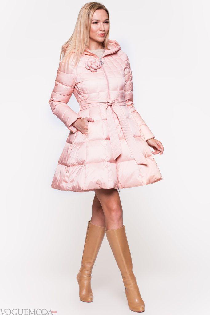 стеганый розовый пуховик