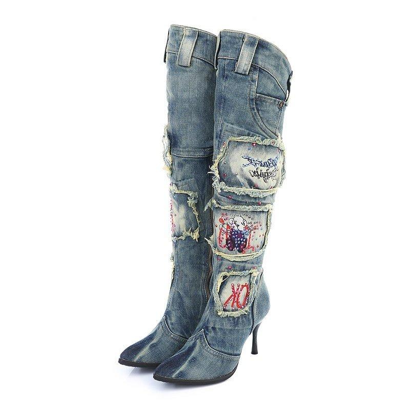 сапожки джинсовые с ремешками и декорами