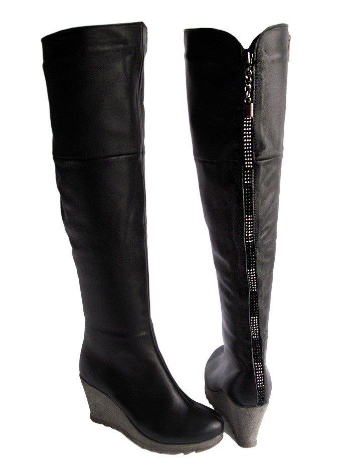 кожаные черные сапоги
