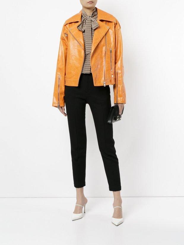 желтая кожаная куртка-косуха