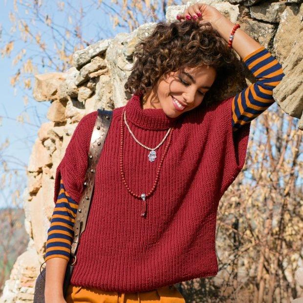 вязаный красный свитер