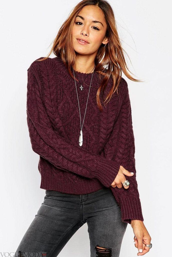 вязаный свитер бордовый