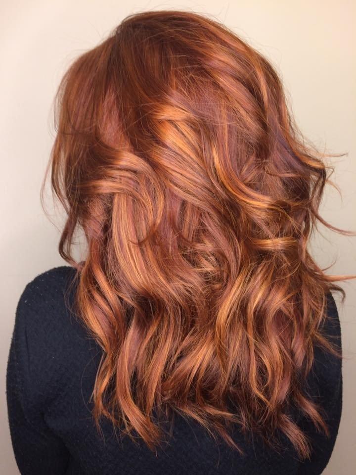 рыжий оттенок на средние волосы модный