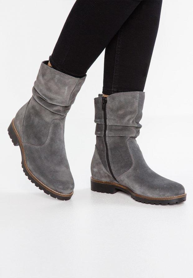 Модные женские ботинки 2020 2021: серые на молнии