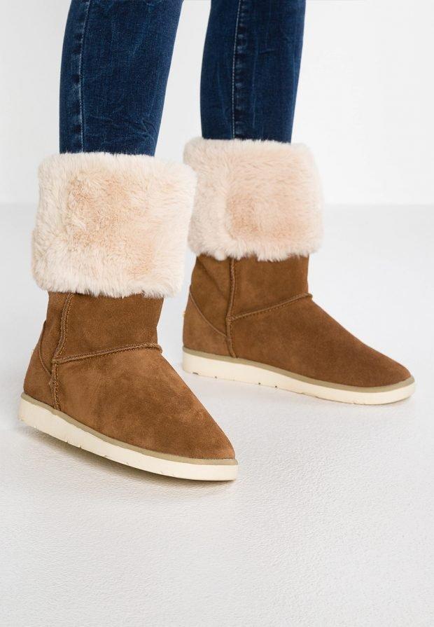 Модные женские ботинки 2020 2021: коричневые угги