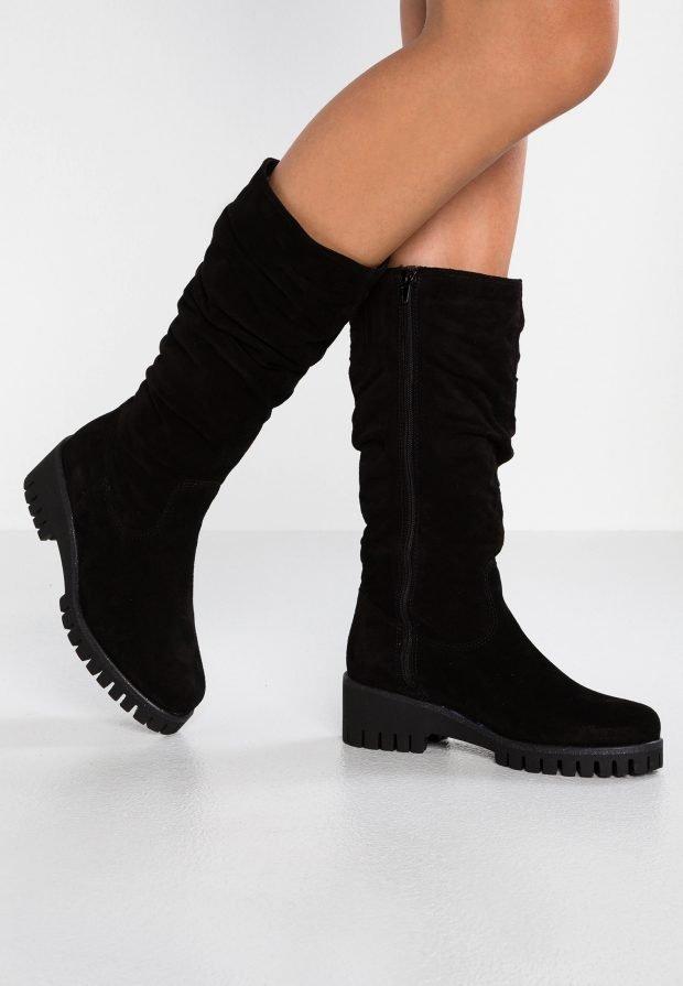 Модные женские ботинки 2020 2021: черные высокие на молнии