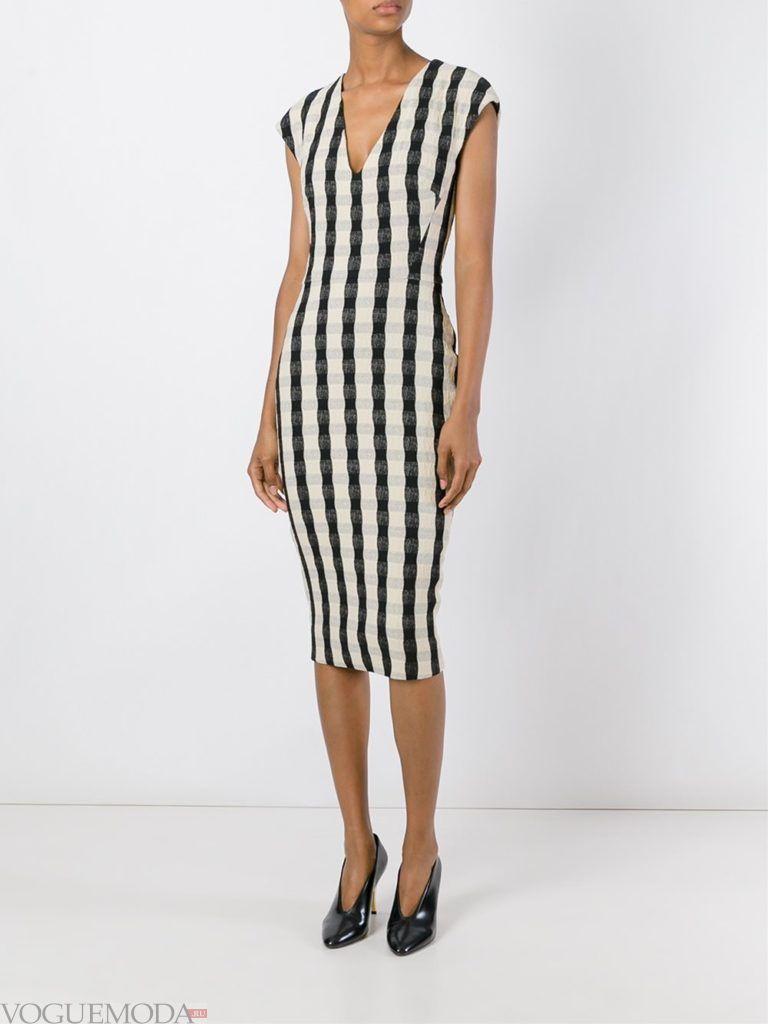 офисное платье-футляр полосатое
