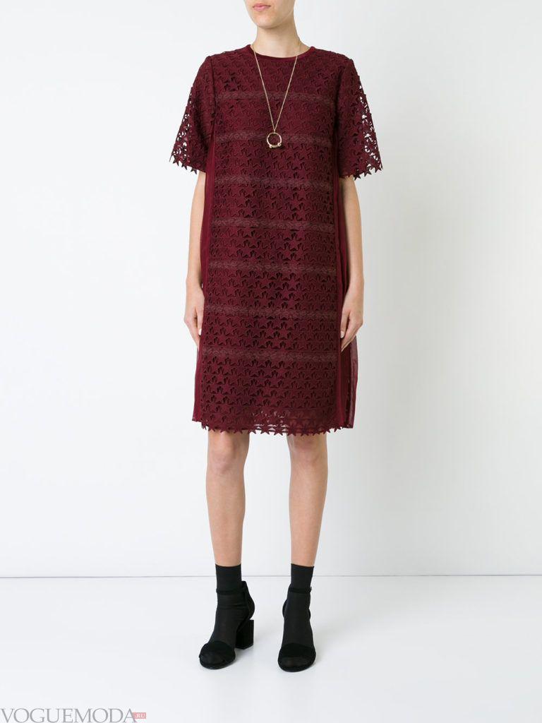 деловое офисное платье бордовое