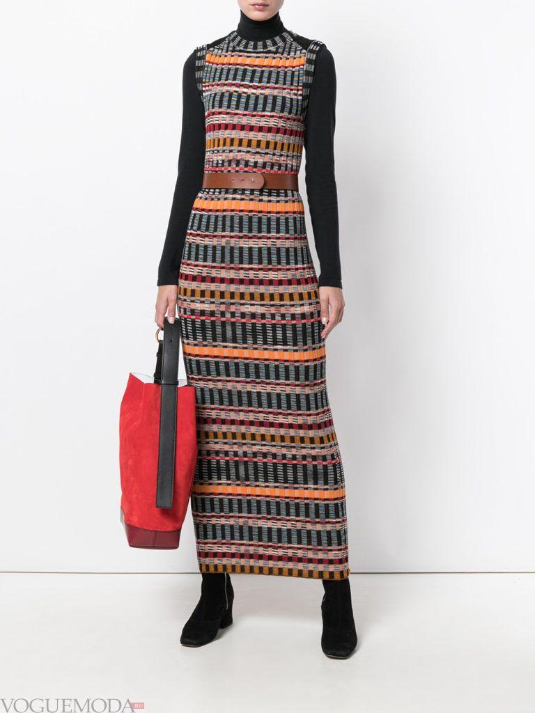 вязаное офисное платье длинное