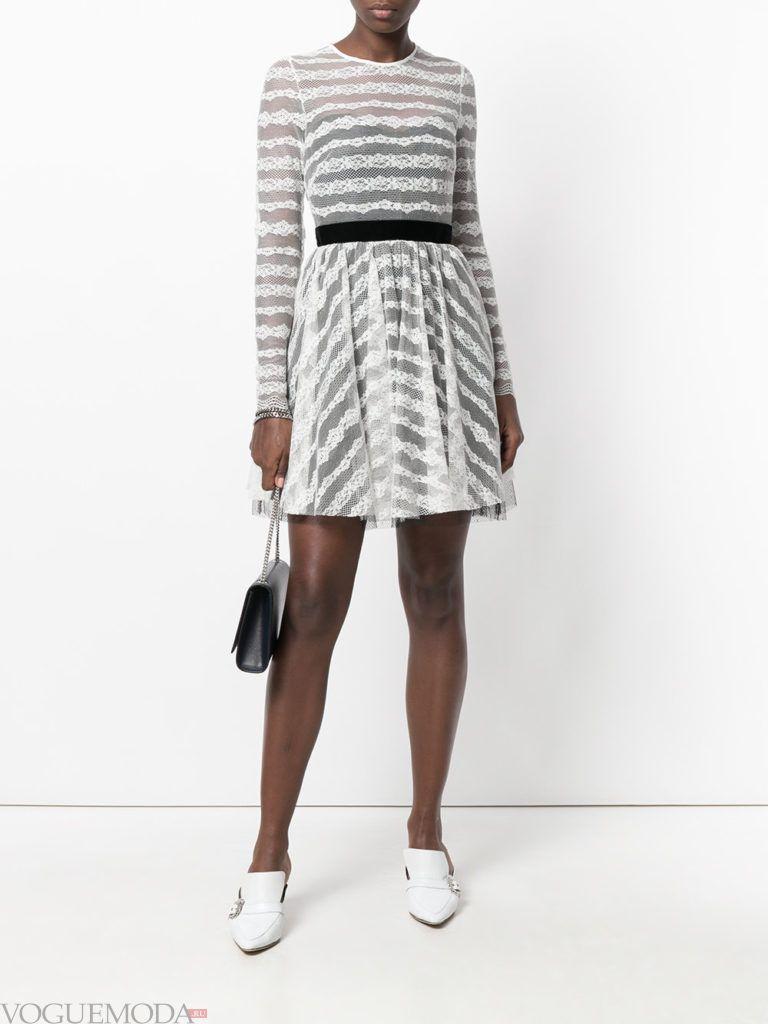 платье с юбкой-солнце кружевное