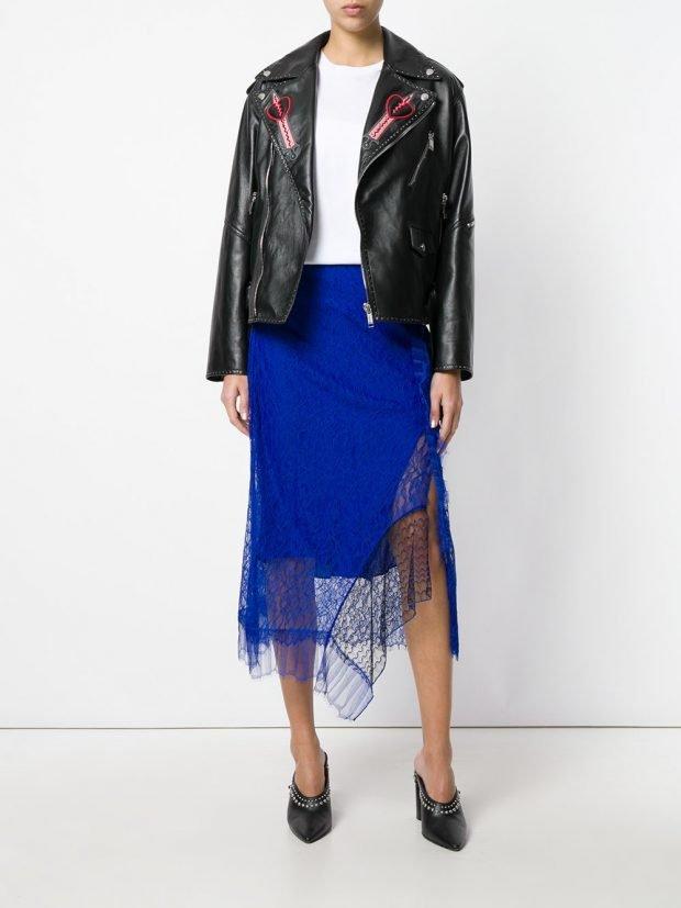 асимметричная яркая юбка