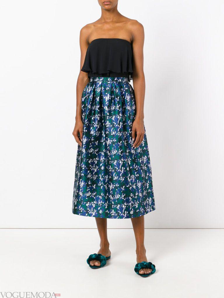 юбка с цветами синяя