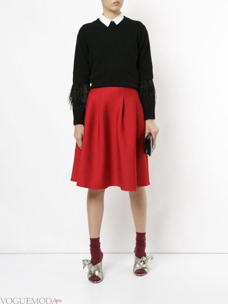 трикотажная юбка красная